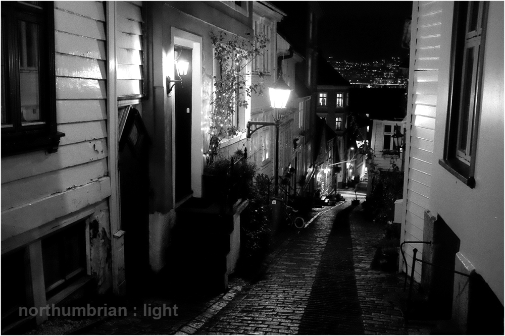 Bergen at night ...