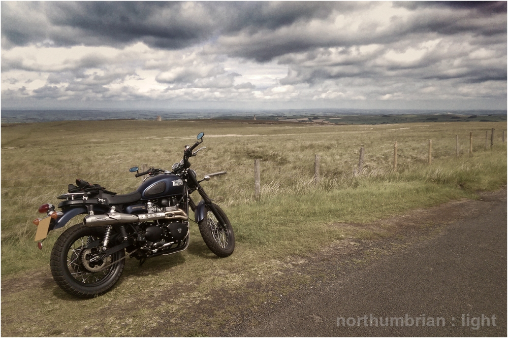... on the road from Carrshield - in the background, the Allen Mills chimneys.
