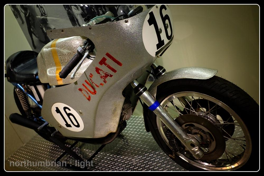 Ducati 750 Imola Desmo ...